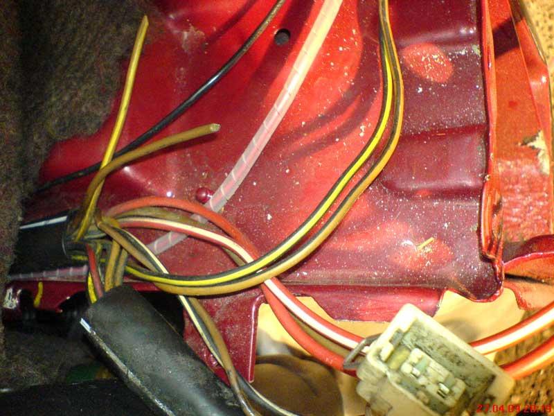 2 Fragen zum Kabelbaum G60 (2 offene Kabel und 1 freier Stecker ...